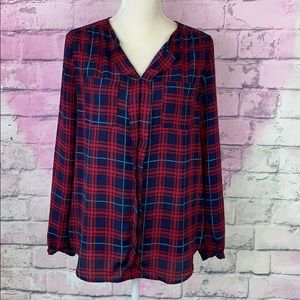 Skies are blue plaid flowey blouse top small
